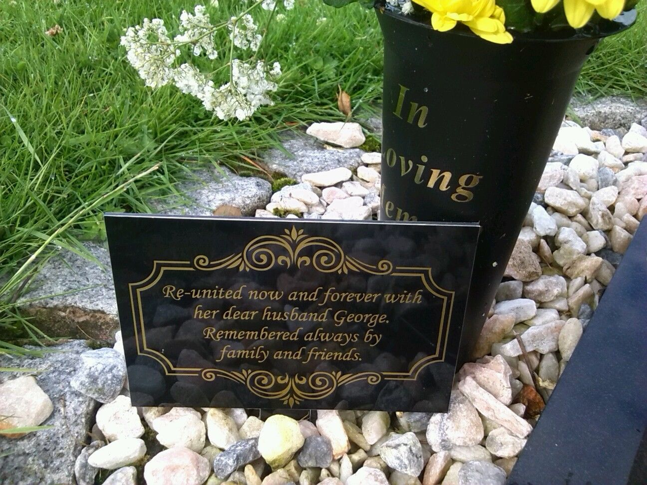 "Memorial Garden Plaque Grave Marker Ornament churchyard 6"" X 4"""